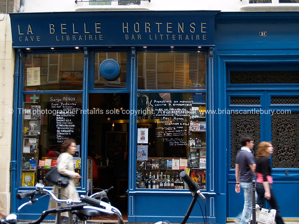 Shop, Paris, International City.