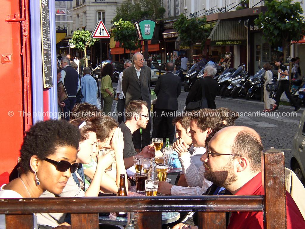 Montmatre alfresco street view, Paris, France.