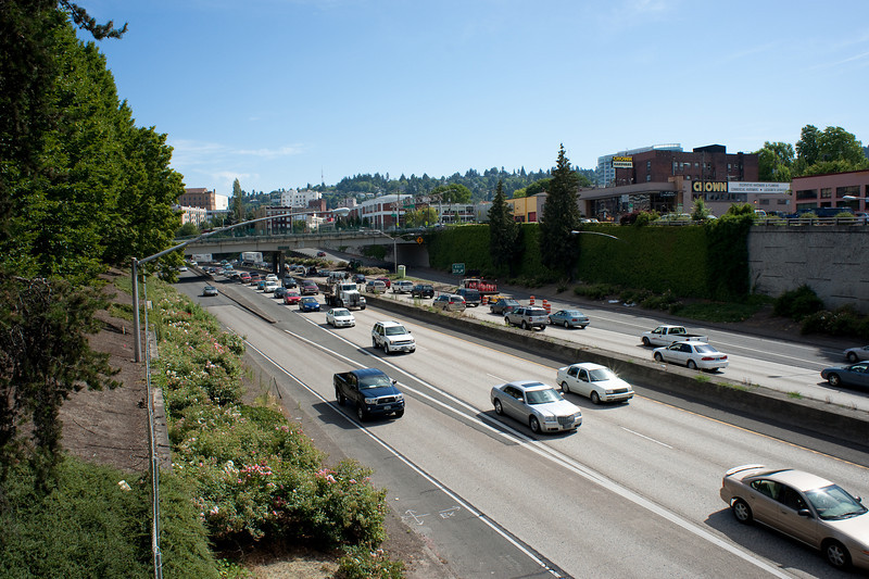 A freeway runs through it: this is the I-405, a freeway loop running through Portland and connecting it to the I-5 on the east side of the river.  It's big and ugly, but somewhat better handled and less divisive than the massive double-decked I-5 freeway that cuts Seattle right down the middle.