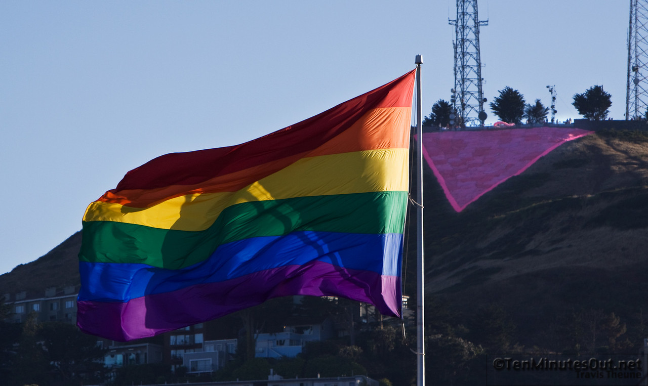 Ending the day with the Flag again, but with the back drop of the Giant Triangle added to Twin Peaks for this weekend.