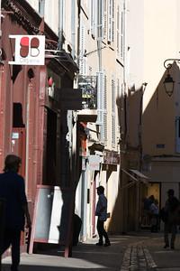 Strolling in Aix
