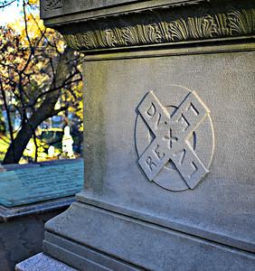 Motto on Longfellow's Tomb: Rex Dux Lex Lux.
