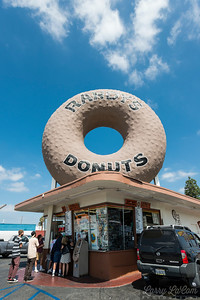 Randy's  Donuts in Inglewood