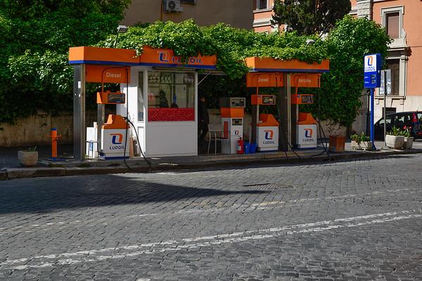 Rue Ferdinando de savoia - Rome
