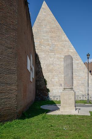 Pyramide de Cestius - Rome