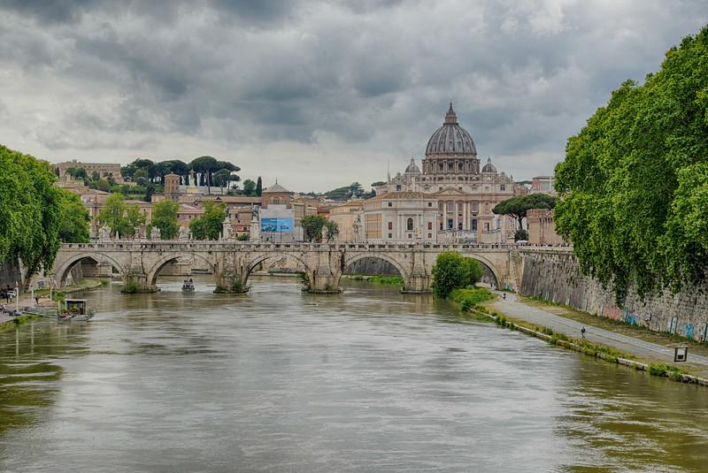 Pont Victor Emmanuel II & Basilique Saint-Pierre - Rome