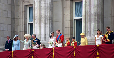 Royal Wedding – smiles and smiles.