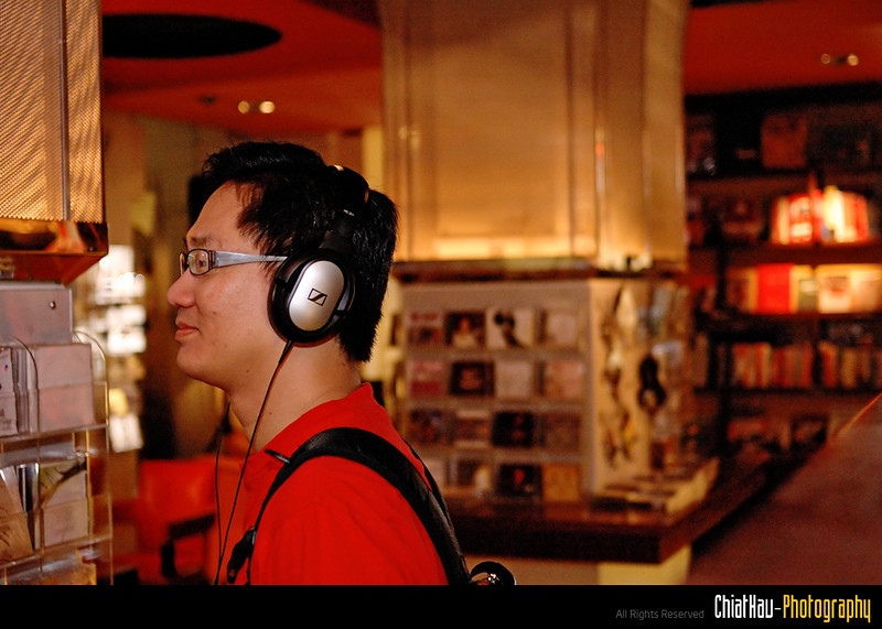 While Yik Fu is enjoying himself with some music collections there. :)