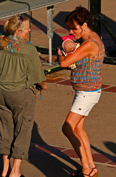 I sotted this woman dancing with a new born and snapped a couple of images