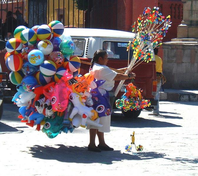 Balloon venders