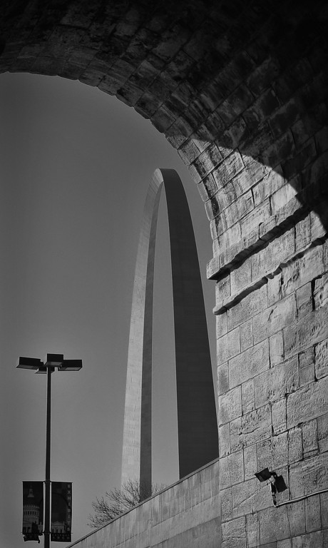 The Gateway Arch, seen from Eads Bridge