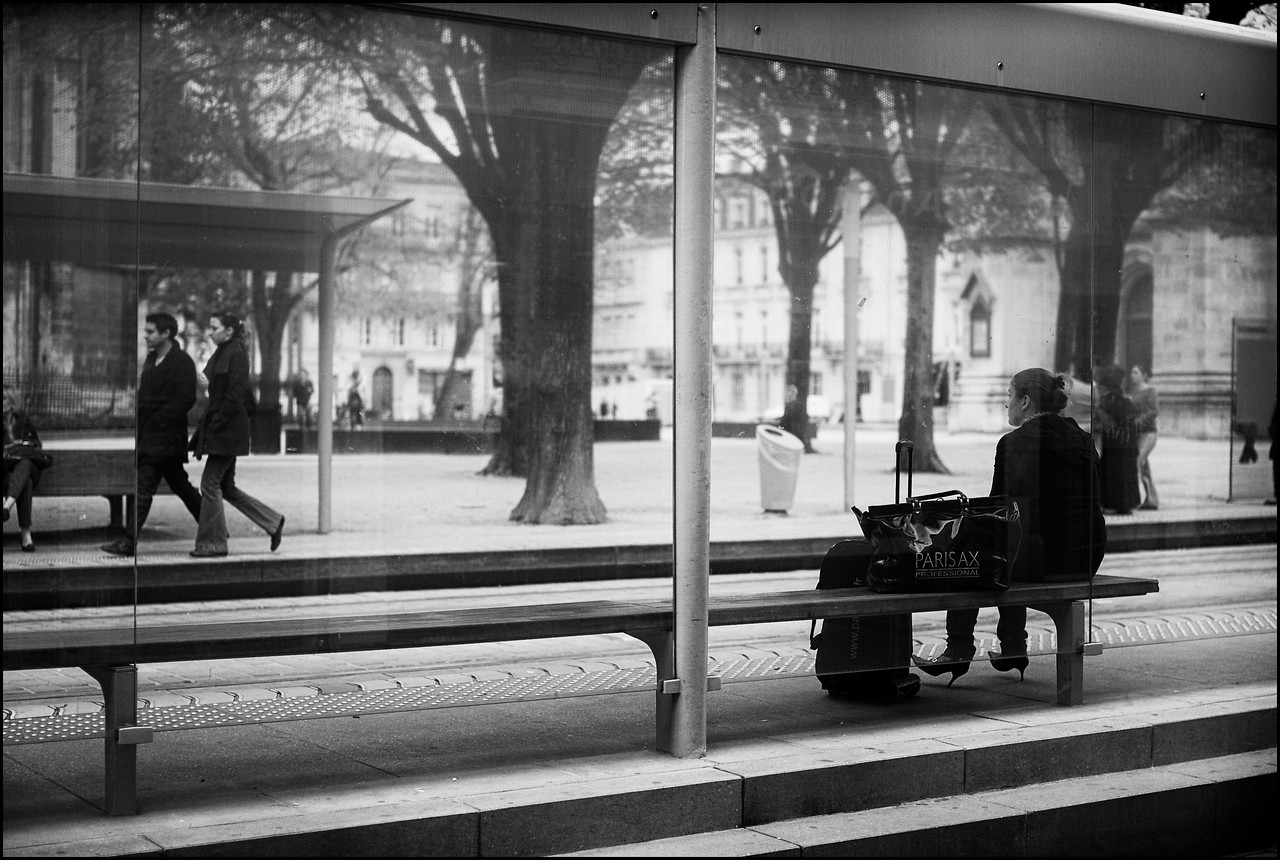 Watching...<br /> (Bordeaux, France)