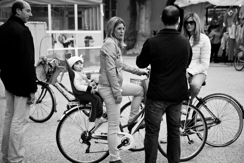 Lucca street scene: I thought the little girl's expression was classic.