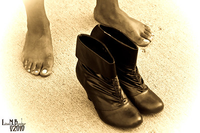 Feet, shoes, street scenes, stock photography, buy photography