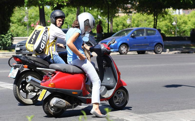 "Mmmm, I like that bike!! ""Sevilla Lechera"""