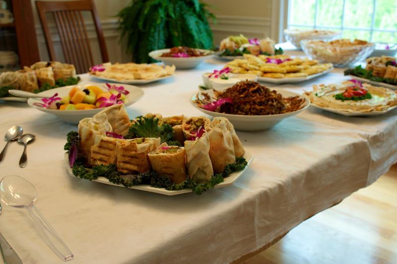 Lebanese table