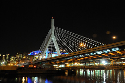 Night time at the Leonard Zachem Bridge in Boston