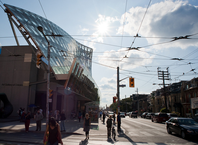 Frank Gehry's new facade for the Art Gallery of Ontario, as seen along Dundas Street.  It's remarkably subdued, by Frank Gehry standards.