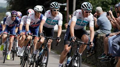 Tour of Britain 2018 - Stage 1, Pembrey to Newport. Peloton: 172 Chris Froome (Team Sky), 171 Geraint Thomas (Team Sky), 161 Ben Swift (Great Britain-GBR).