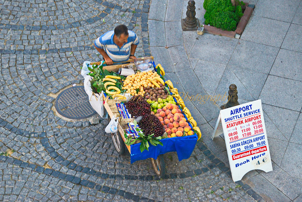 Street fruit vendor, Istanbul, Turkey