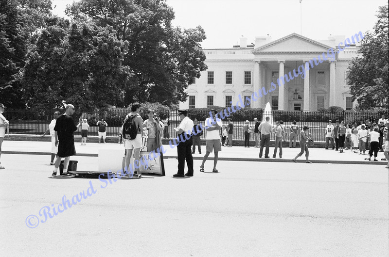 Protestors in front of the White House