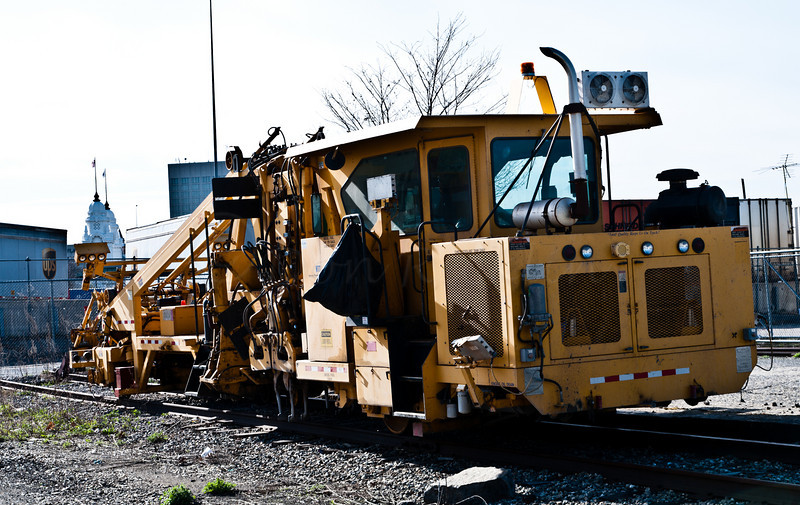 The other version of a rail alignment machine.