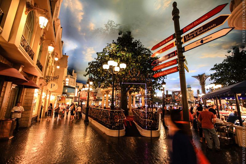 LasVegas | Le Boulevard shopping way | Paris