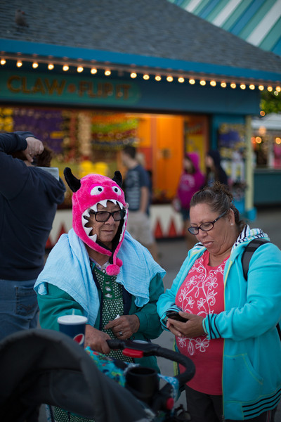 Old lady at the Santa Cruz boardwalk
