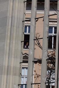 """""""Utcára néző ablakokban Utcára néző emberek"""" (Európa Kiadó)"""