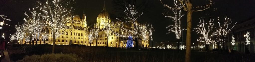 Parliament by Xmas — Parlamenti karácsony