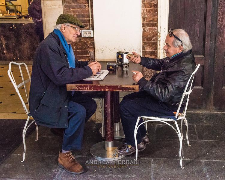 2 chiacchiere al bar (1)