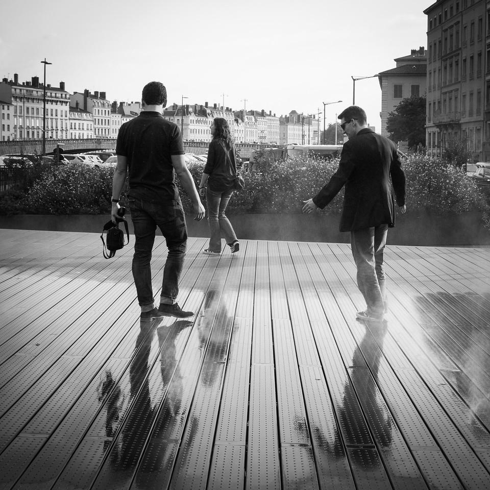 Walking through fountains, Lyon