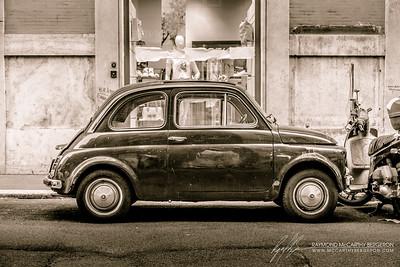 Rome, Italy  Canon EOS 6D w/ EF24-105mm f/4L IS USM: 55mm @ ¹⁄₈₀ sec, f/5, ISO 800
