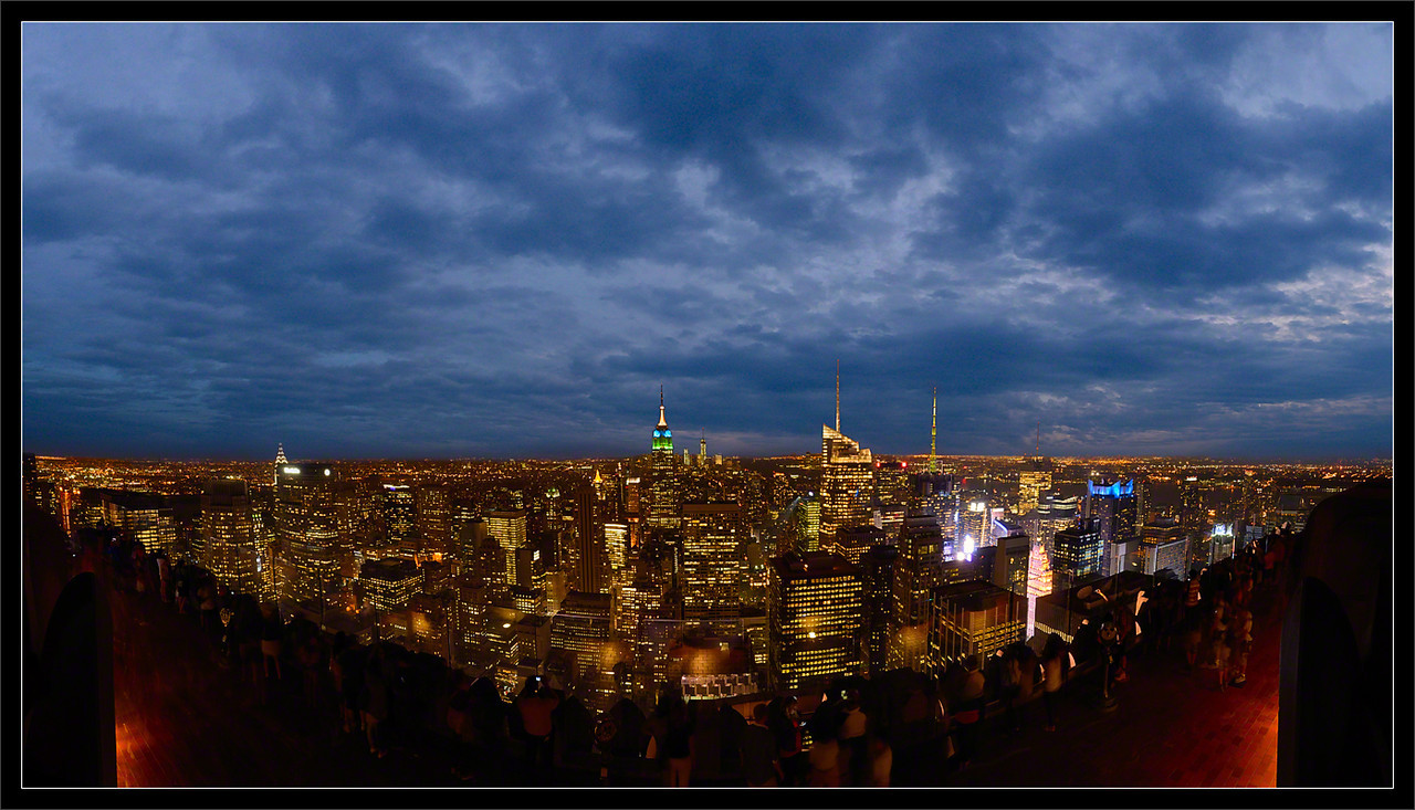 Midtown Mahattan, NYC  Top of the Rock Observation Deck GE Building, 30 Rockefeller Center New York, New York  26-AUG-2013