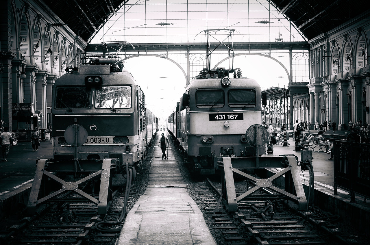 Dancing Trains