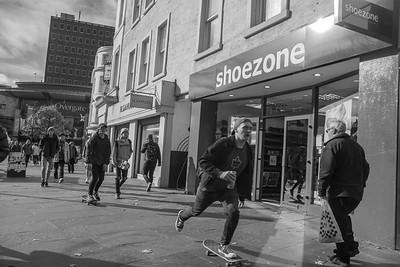 Skateboardin'