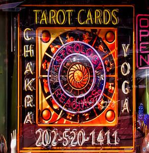 """Tarot"""