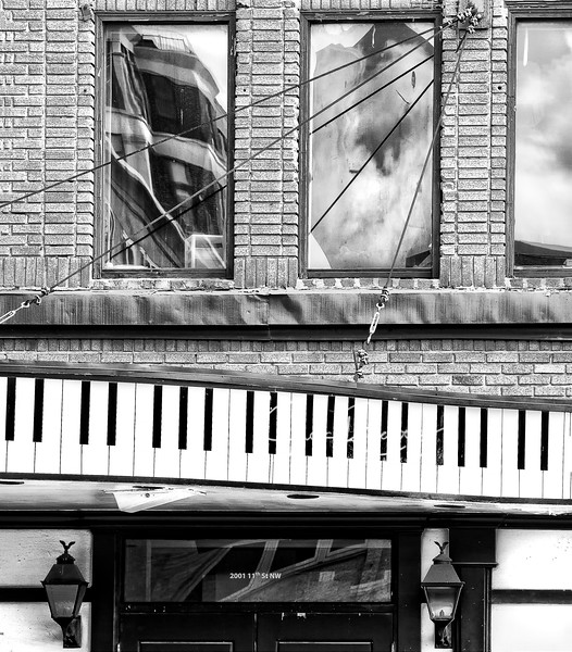"""Piano Bar Reflections"""