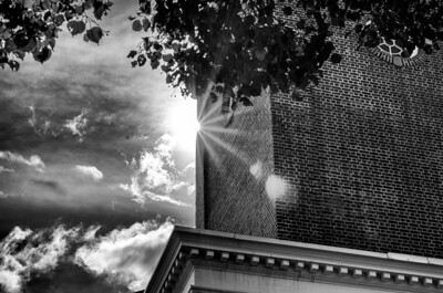 Free church tower light, mono