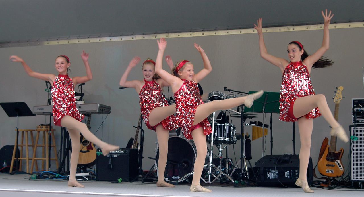 Dancers - 08