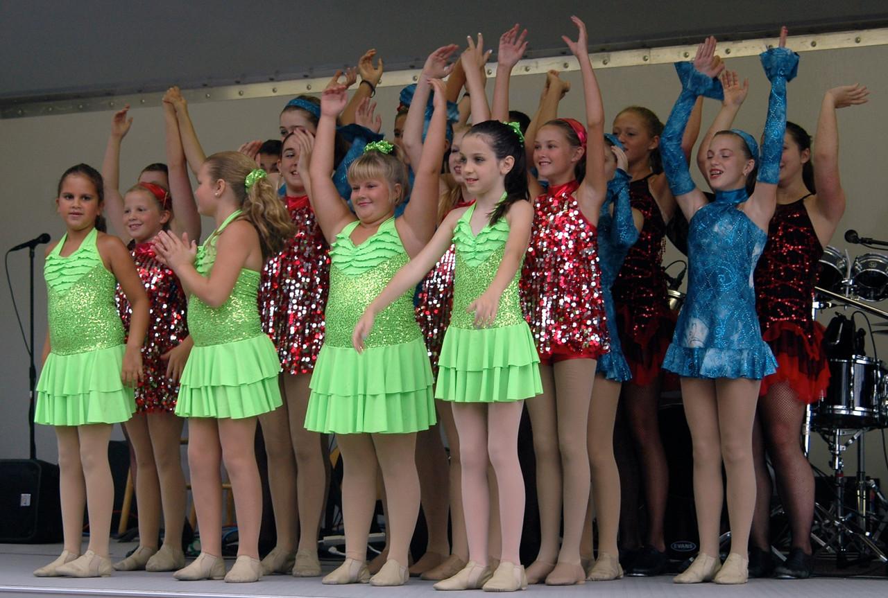 Dancers - 16