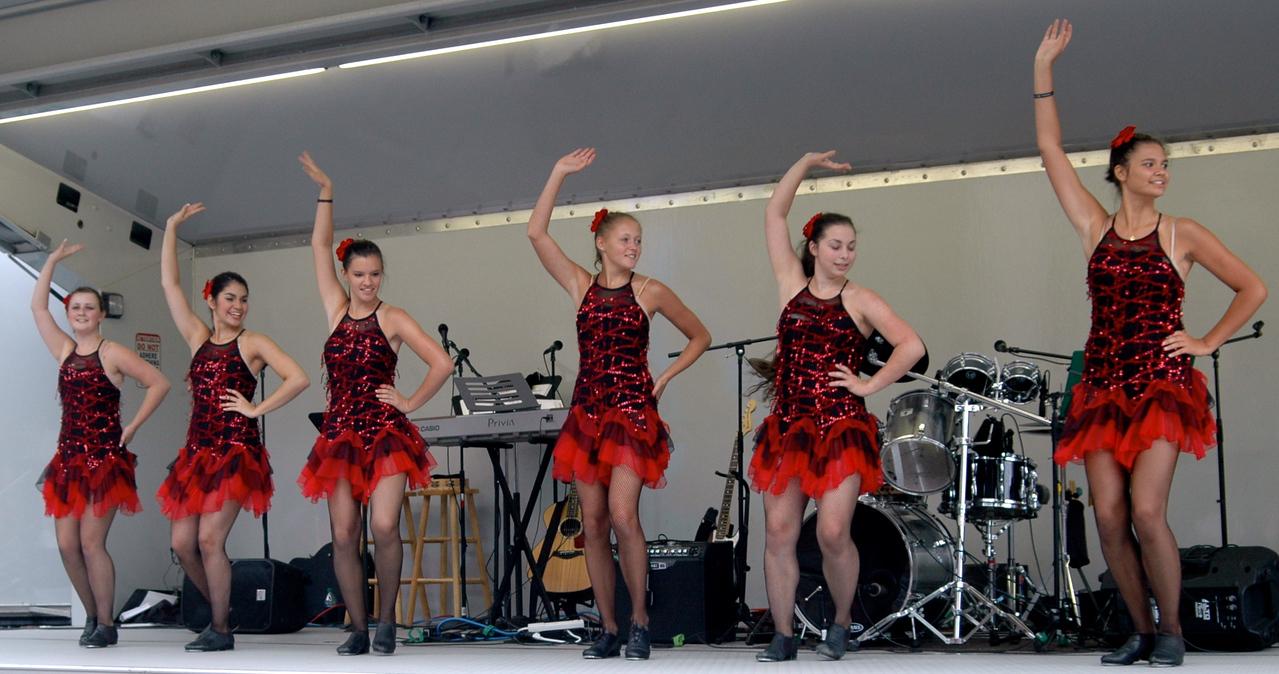 Dancers - 11