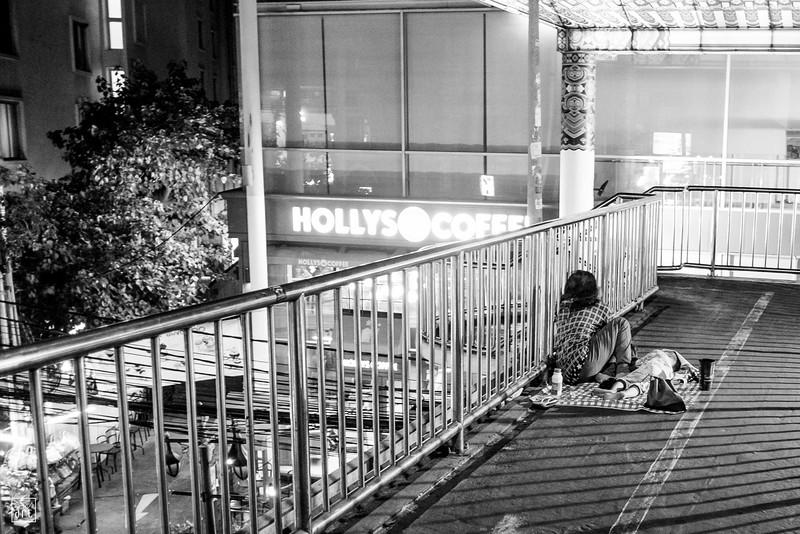 Bangkok, Thailand | Shy homeless in the Sukhumvit area