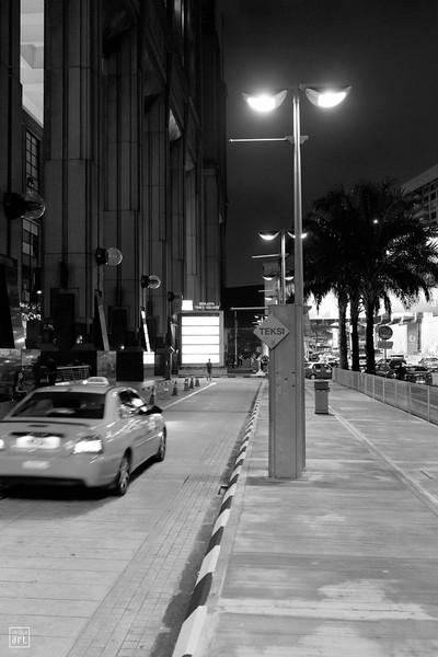 Berjaya Times Square, Kuala Lumpur, Malaysia | Taxi stand by night