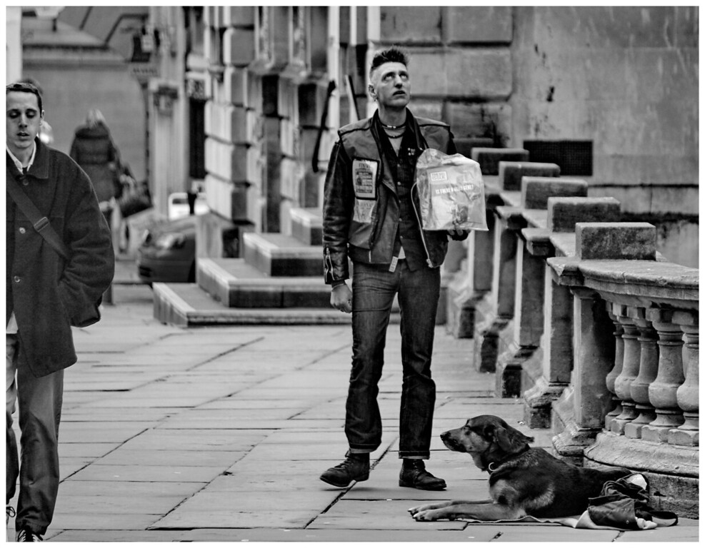 Looking for Help - Big Issue Seller Abbey Yard