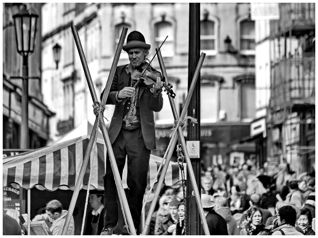 High Wire Violinist - Stall Street Bath