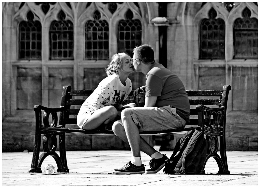 The Kiss - Abbey Yard Bath