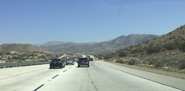This is only a few miles north of the city of Los Angeles.