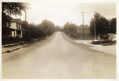 Bottom of Bedford Avenue II (01279)