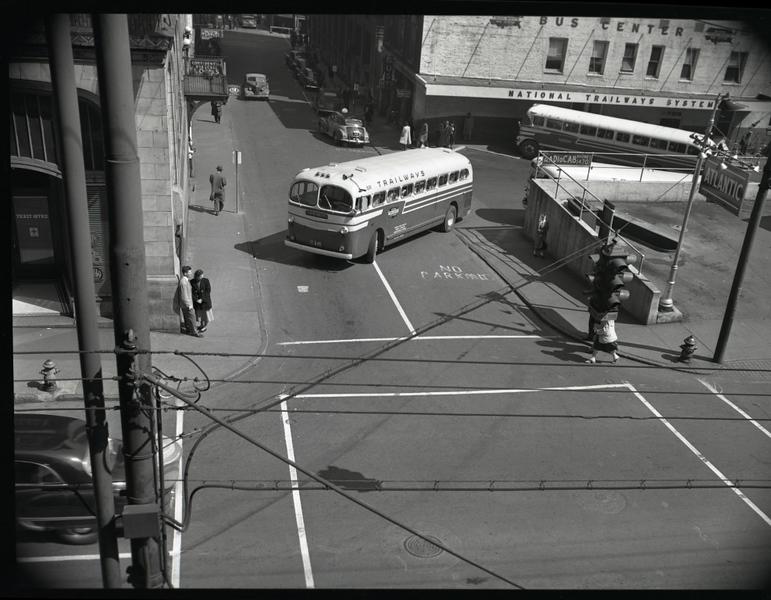 Trailways Bus Depot on Eighth Street below Church Street  XVIII (09620)